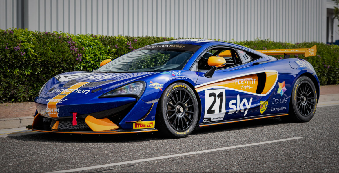 Doculife-sponsored MClaren 570sGT4 of Flewitt Racing