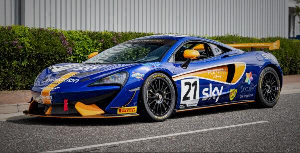 Doculife-sponsored MClaren 570sGT4 of Flewitt Racing